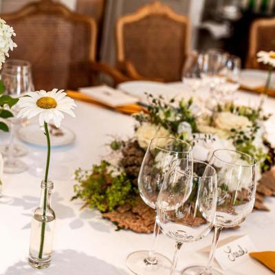 table de mariage a Les Prés d'Eugénie Michel Guérard