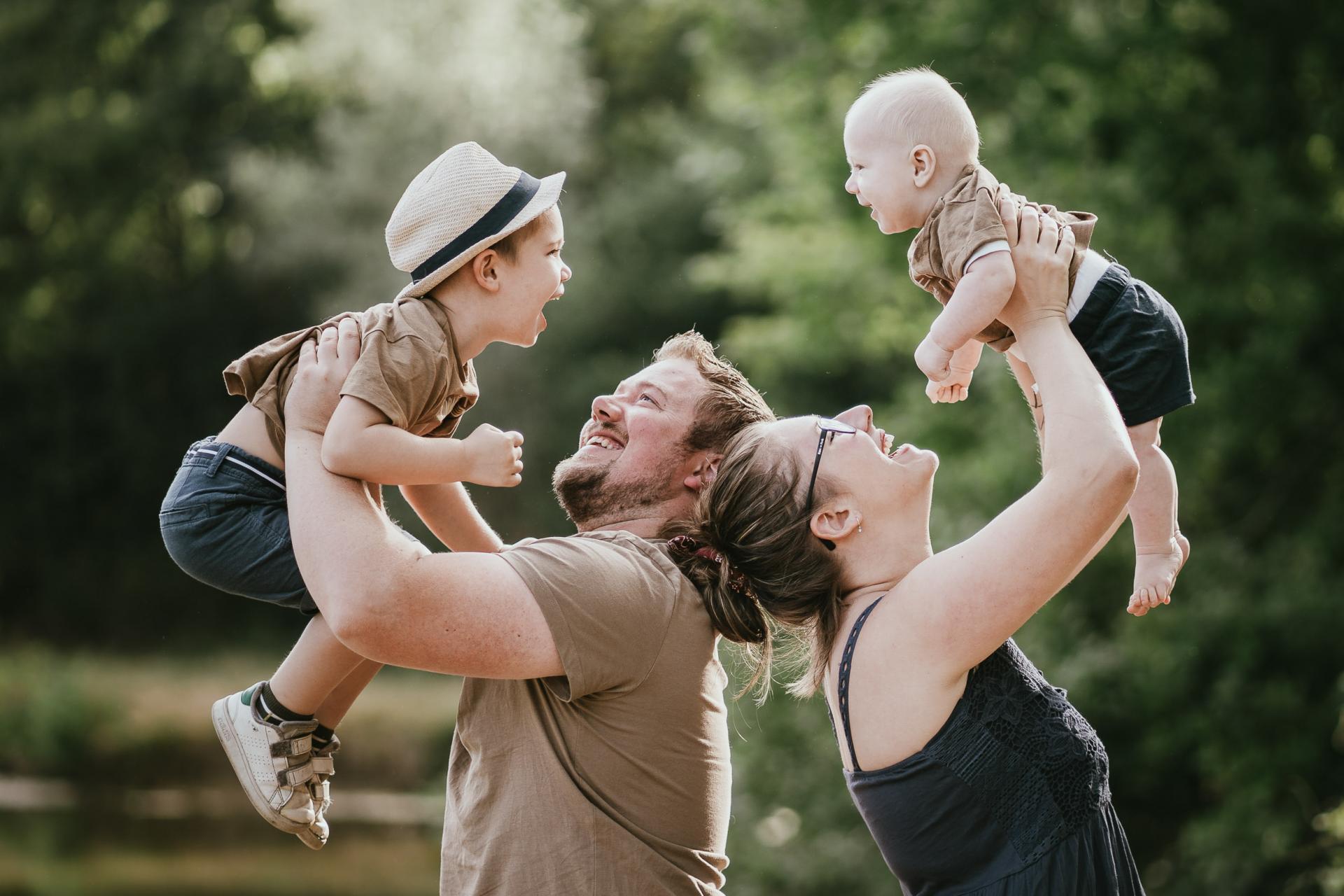 Photographe de famille dans les landes parents enfants
